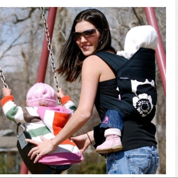 Babyhawk Meh Dai Carrier In Sophia Black
